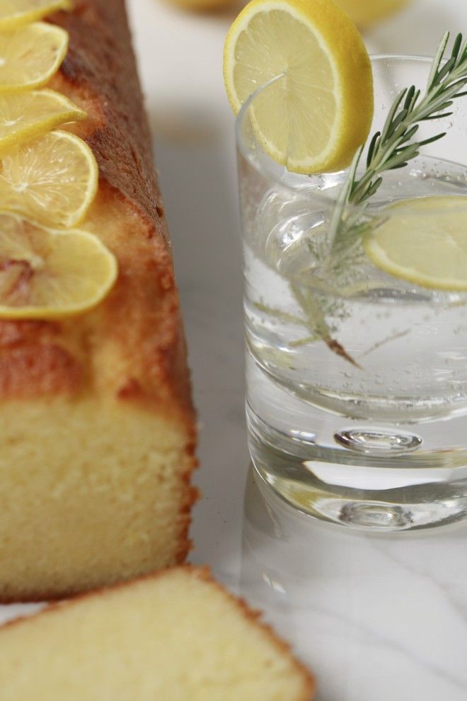 Lemon Drizzle Cake with a Gin and Tonic